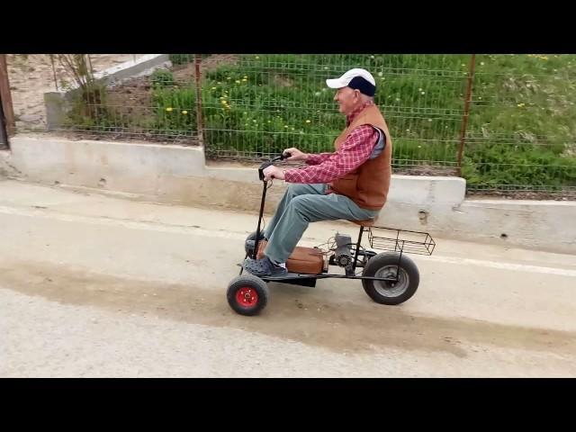 Un român a inventat tricicleta electrică