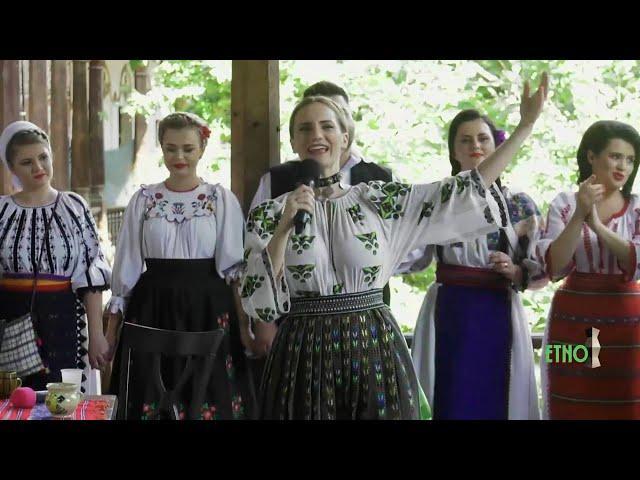 Delia Barbu si Fratii Advahov - Legăna-m-aș legăna - Etno TV