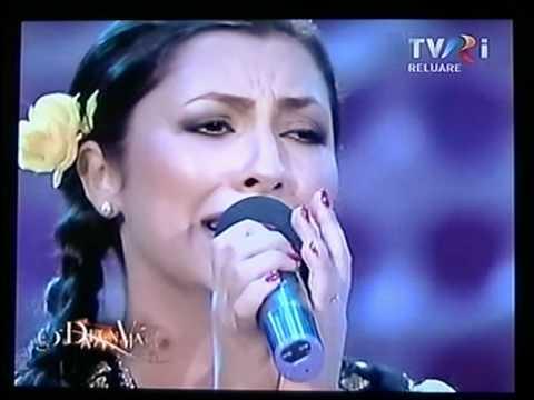 Andra ne cântă o frumoasă doină românească, Doina.