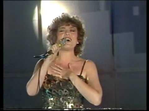 Corina Chiriac - Vino iubire înapoi (Live - Mamaia'87)