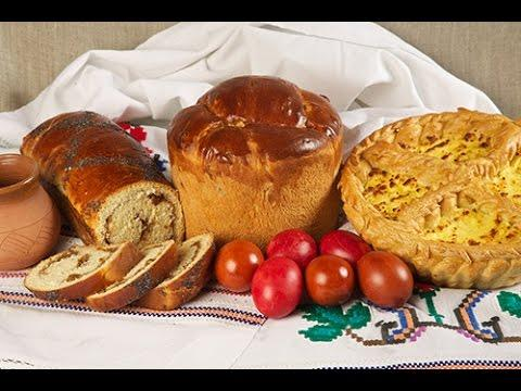 De ce se sfinţesc cozonacii şi ouăle de Paşti