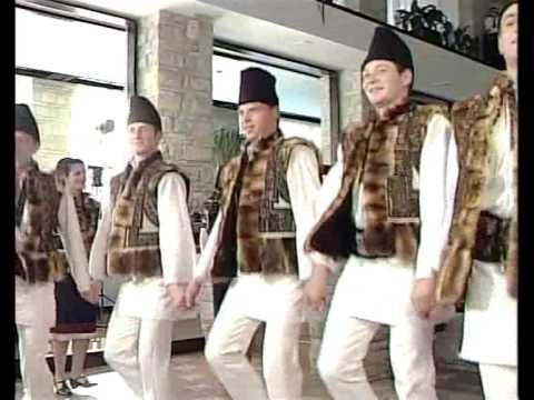 """Ansamblul Folcloric """"Străjerii Bucovinei"""" - Pojorâta - Jocuri bucovinene"""