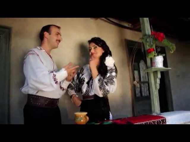 Nicuşor Micşoniu şi Ana Cristina - Îi fac curte lu' vecina
