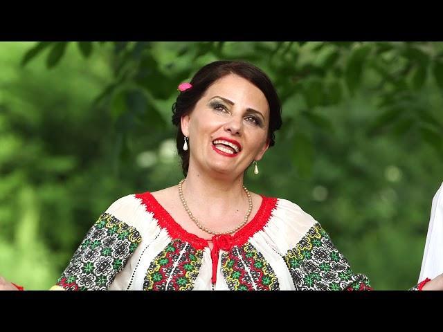 Claudia Danca-Răsări luna de pe coastă